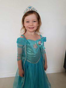 Sofia channelling her Princess Elsa.