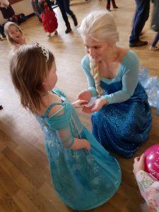 Sofia meets Princess Elsa