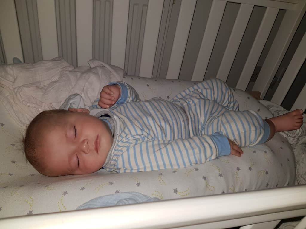 new baby essentials - sleepyhead