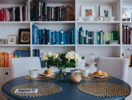 breakfast table interiors