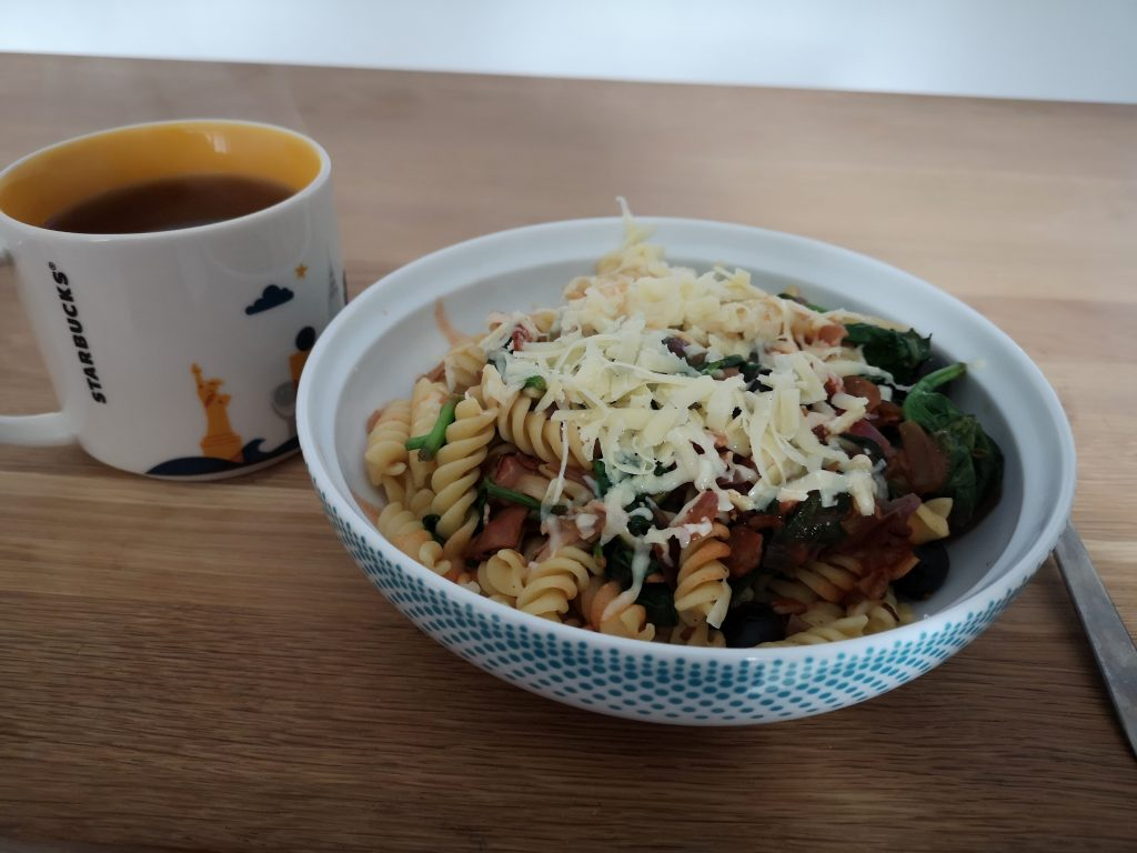 Pasta packed with speed food and a sprinkle of cheese - Slimming World