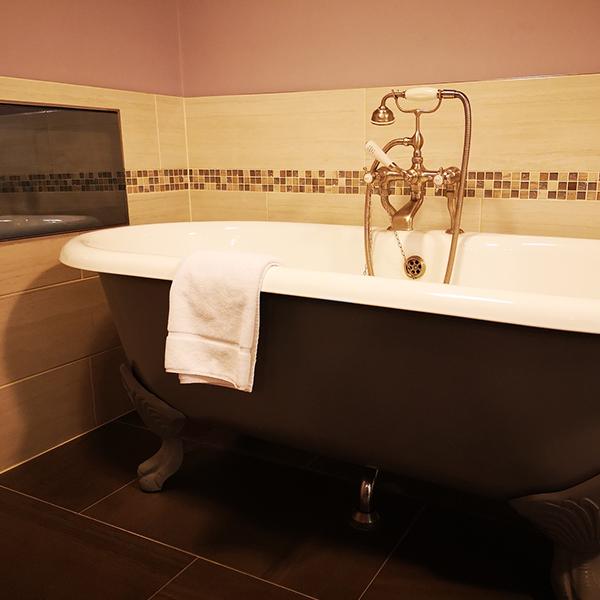 rolltop-bath